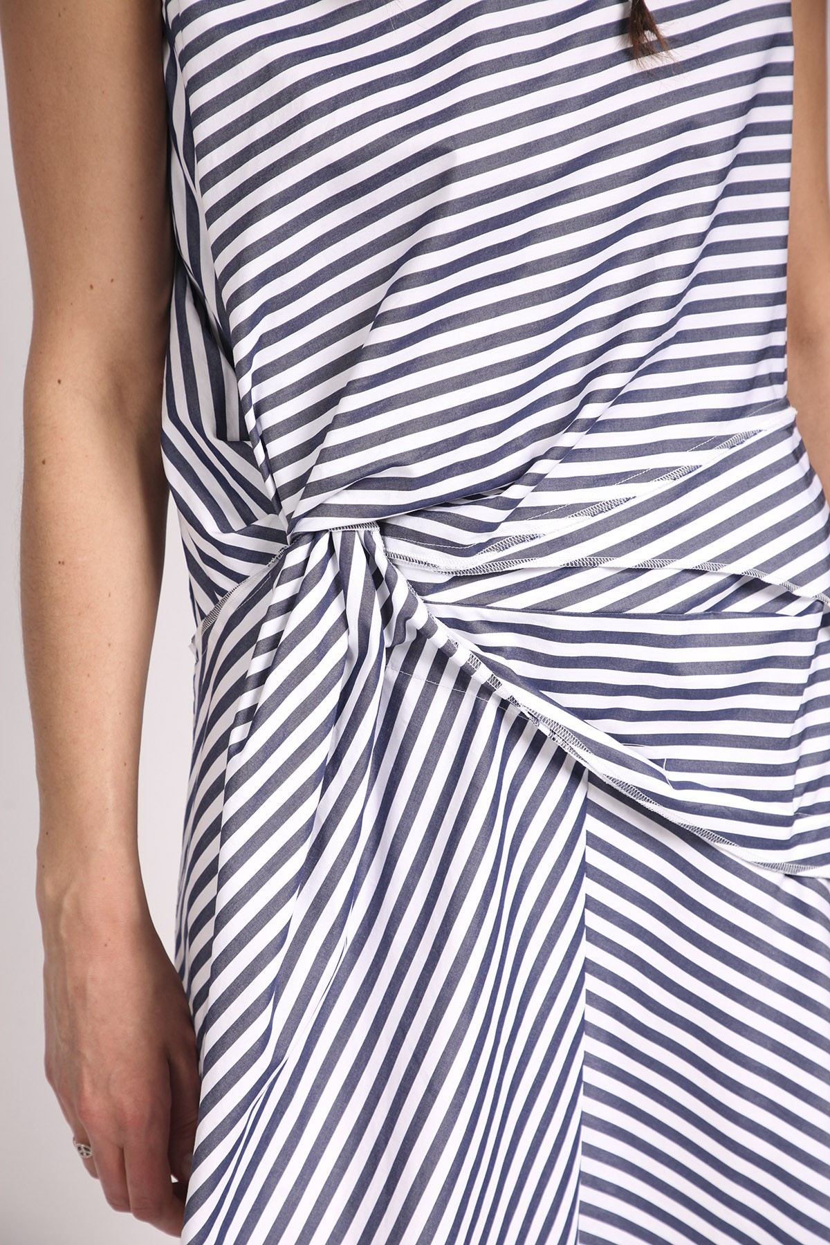 COMME DES GARÇONS TRICOT - COMME DES GARÇONS TRICOT WHITE DRESS  WITH BLUE STRIPES
