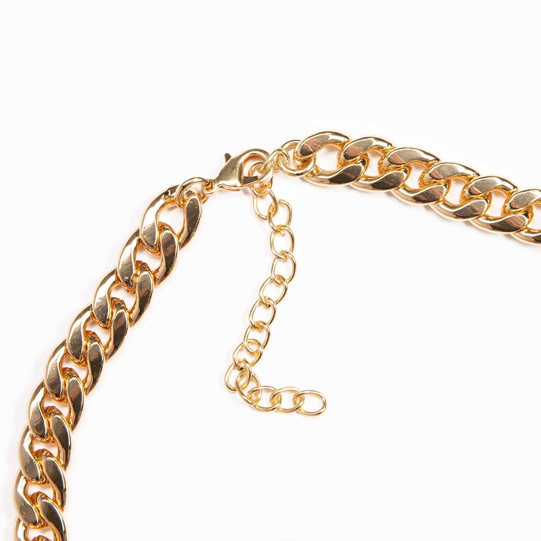 COMME DES GARCONS GIRL - COMME DES GARCONS GIRL LOVE ME DECORATIVE CHARM GOLD TONE CHAIN NECKLACE IN GOLD AND PINK